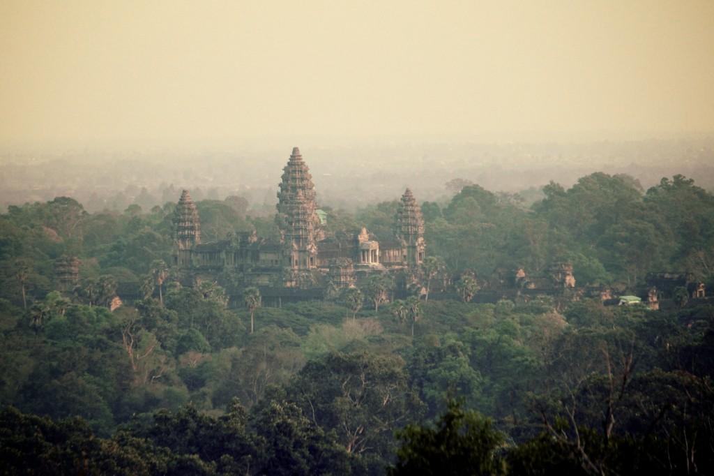 Angkor Wat depuis le Bakheng
