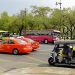 Traffic urbains aux alentours du palais royale