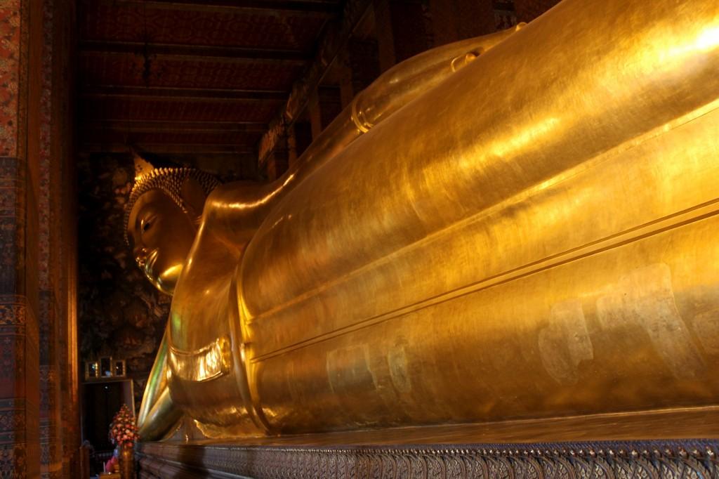 Le célèbre Bouddha couché du Wat Pho