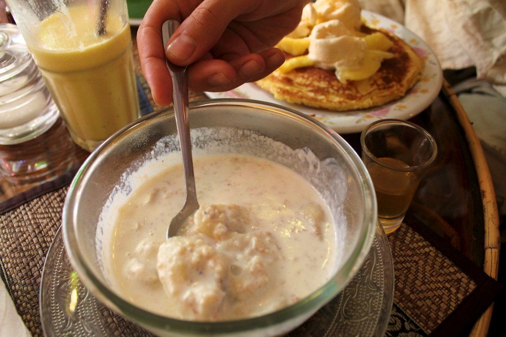 Porridge à la banane pour le petit déjeuner