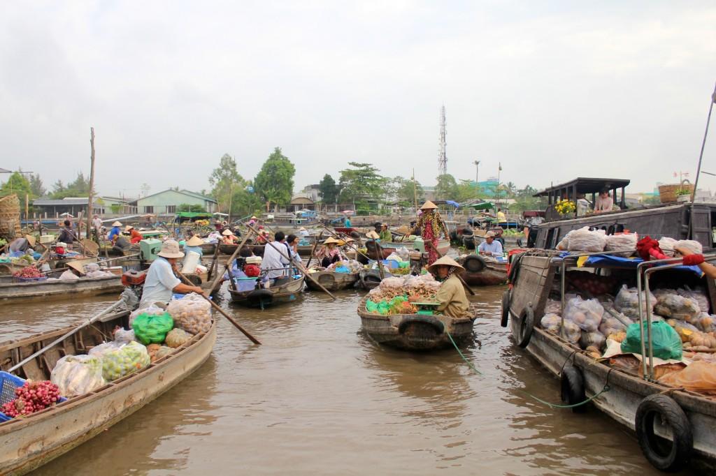 Marché flottant de Phong Dien