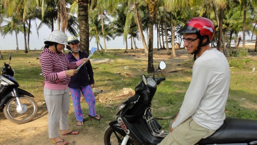 Ou comment demander son chemin à deux vietnamiennes mortes de rire !