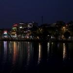 Lac Hoan Kiem de nuit