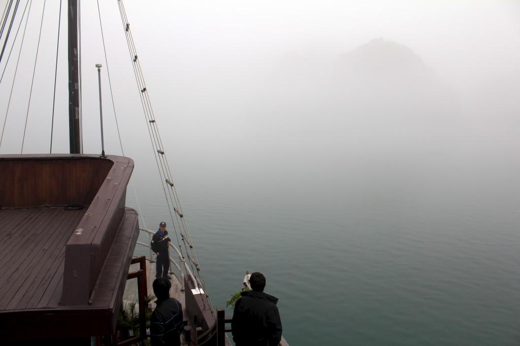 Au milieu d'un impénétrable brouillard
