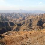 Montagnes depuis Sumatai et village de Dongpo en contre-bas