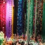 Marché du jade à Hong Kong et autres pierres précieuses (?)