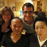 Rencontre avec une maiko (apprentie geisha) et son coiffeur dans un petit restaurant de Kyoto