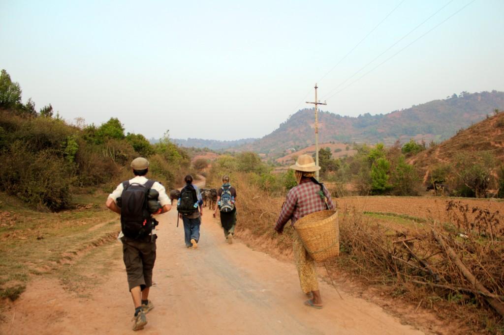 Retour au village en fin de journée
