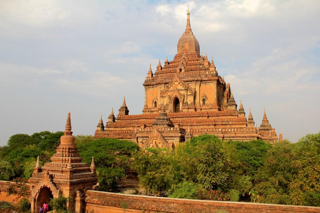 Le temple Htilominlo
