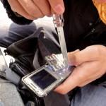La prochaine fois on prend notre smartphone ou un téléphone incassable