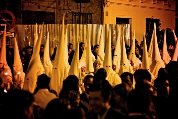 Procession lors de la première soirée de la Semana Santa