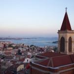 Vue sur Beyoglu des terrasses du 360 bar