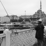 Pêcheurs sur le pont Galata