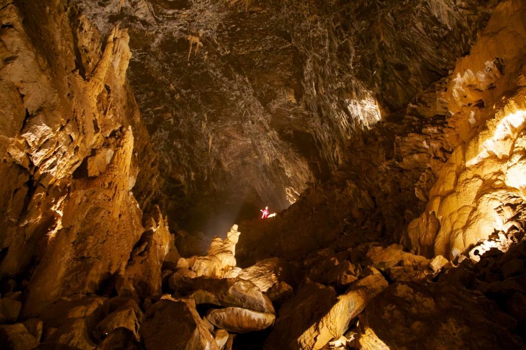 La cathédrale, l'une des plus impressionnante salle des grottes de Vallorbe