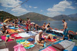 """Ponton """"comme on les adore"""" de notre bateau lors de notre excursion à Oludeniz"""