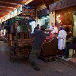 Barbecue dans le marché Guezzarine en haut de la Tala'A Kbira
