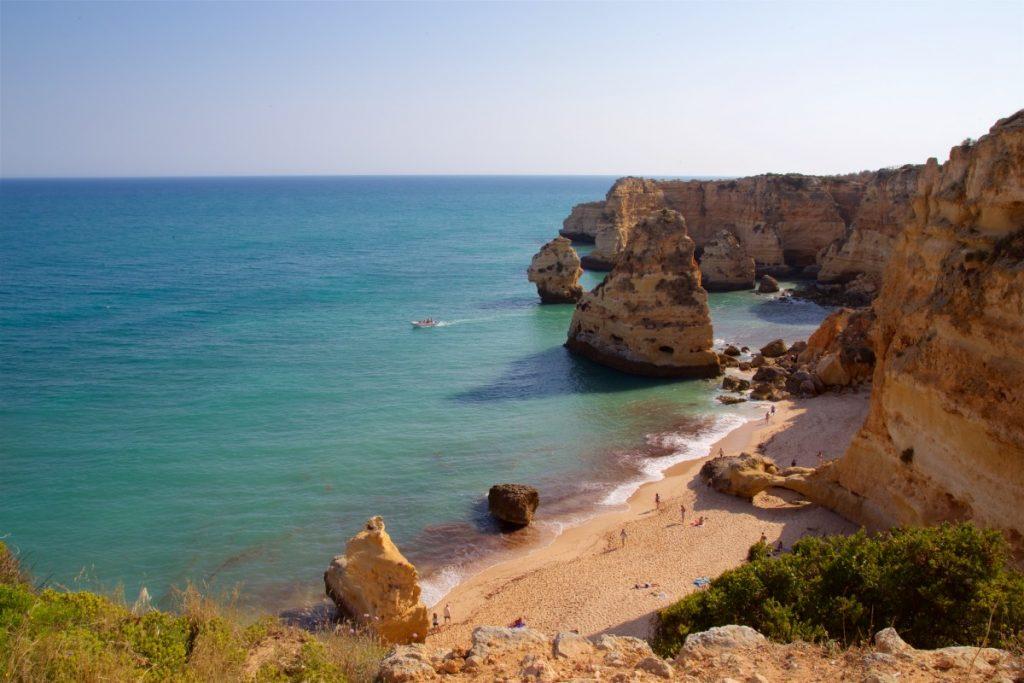 Plage Marinha en Algarve