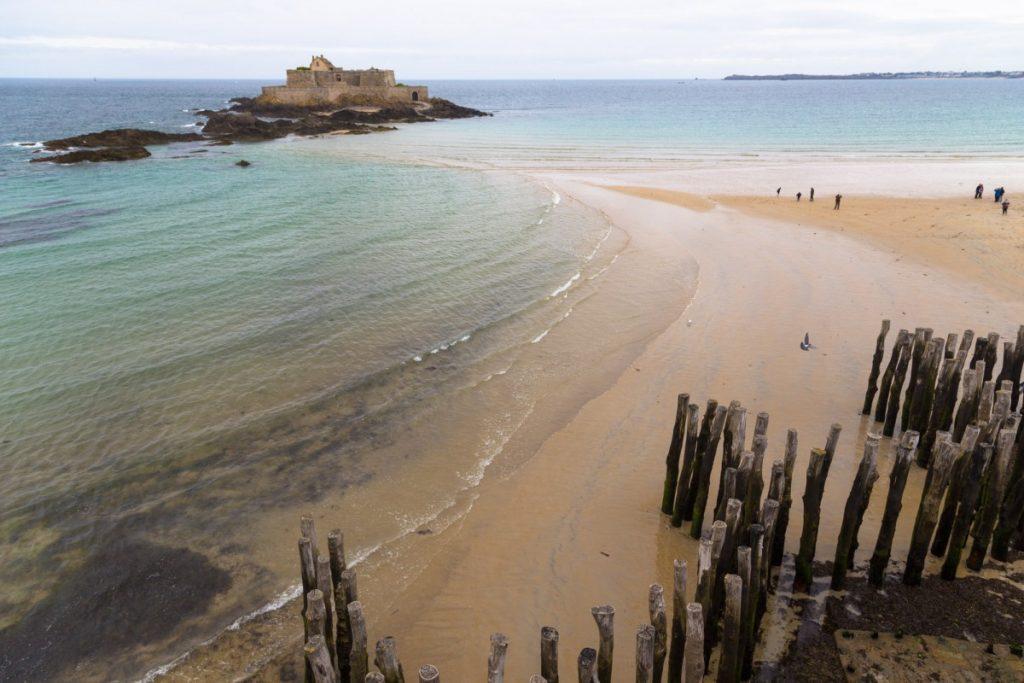 Île du Grand Bé depuis les remparts de la ville de Saint-Malo