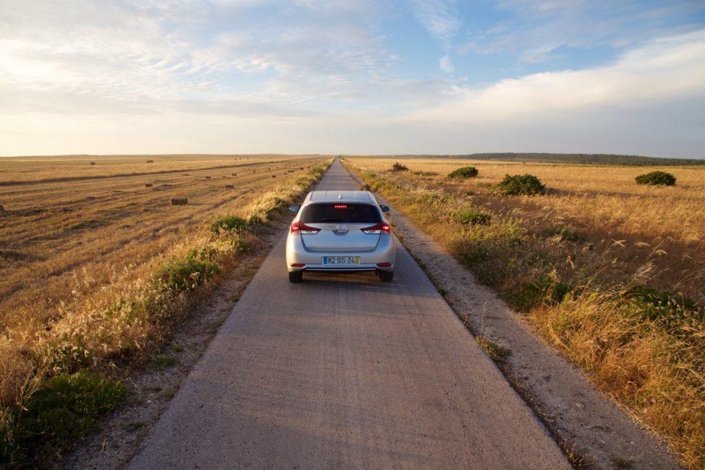 Plus d'une heure pour faire 2km sur des petite routes portugaises, nous sommes arrivés à destination après le coucher du soleil !