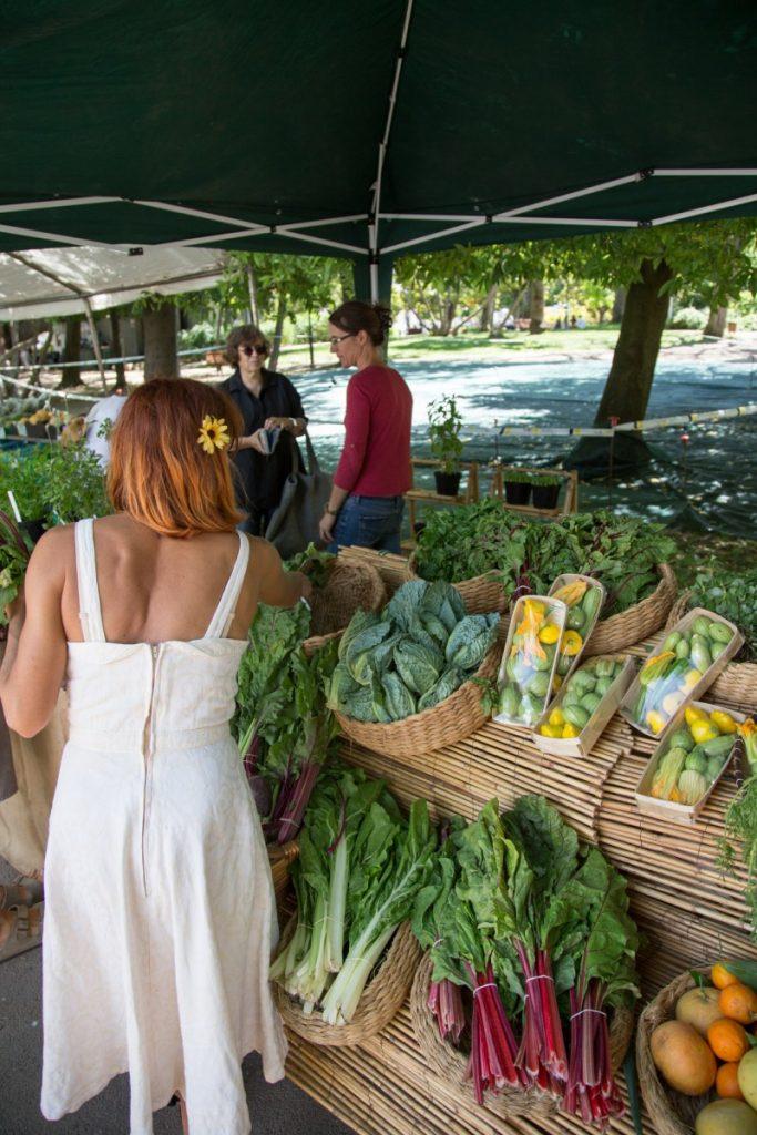 Le marché bio et de producteurs de la place de Principe Real du samedi