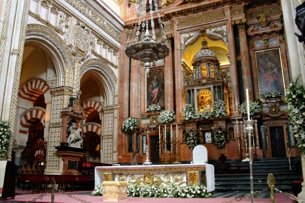 Au coeur de l'incroyable Mosquée-Cathédrale de Cordoue
