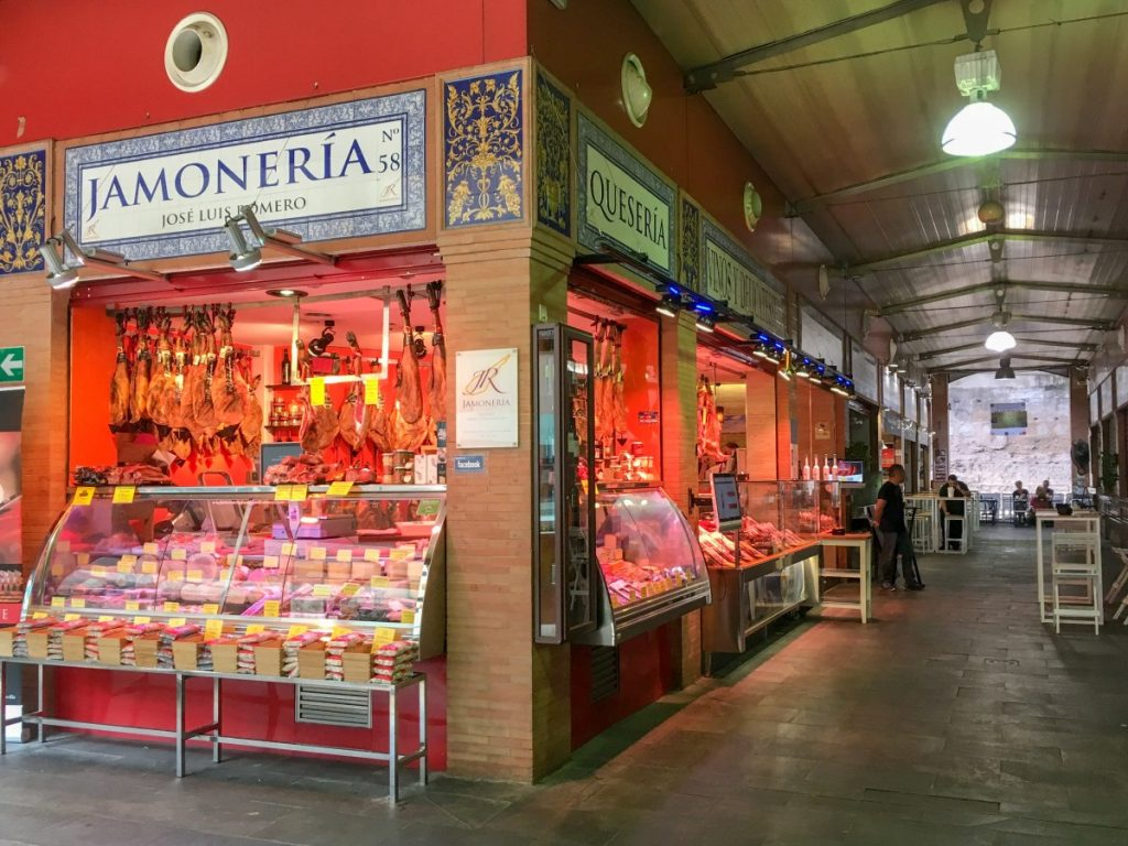 Etals au marché de Triana
