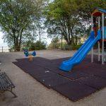 Parc pour enfants sur l'esplanade du château d'Erice