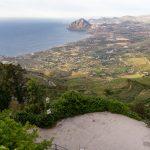 Vue sur la pointe nord-ouest de la Sicile depuis le château d'Erice