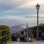 Vue sur les îles Egade depuis le jardin Giardino del Balio à Erice
