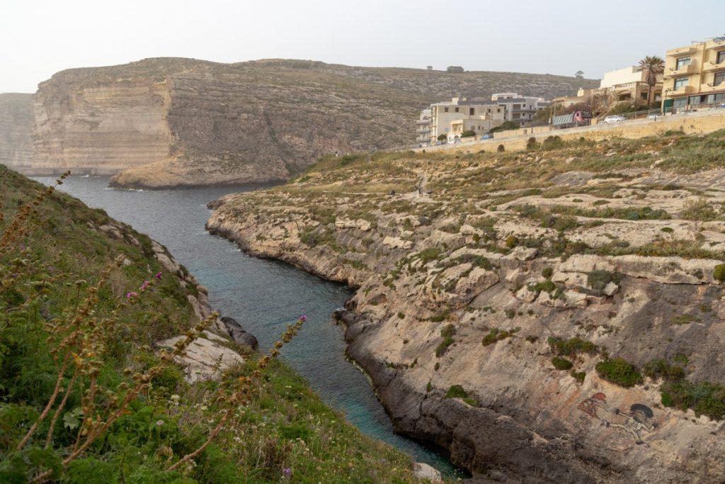 Canyon au sud de la baie de Xlendi