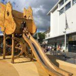 Palme du parc de jeux pour enfant en bois à Saint Nazaire