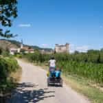 Arrivée à Chateaubourg sur la ViaRhona à vélo en famille