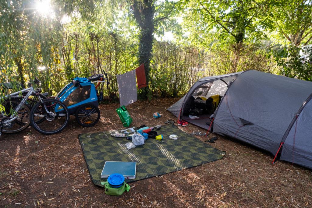 Des petits campings très nature le long du canal du NIvernais