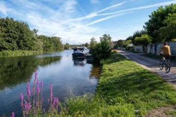 Canal du Nivernais à vélo : un itinéraire de 200km accessible à tous